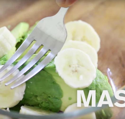 Baby Food | Creamy Avocado and Banana Purée