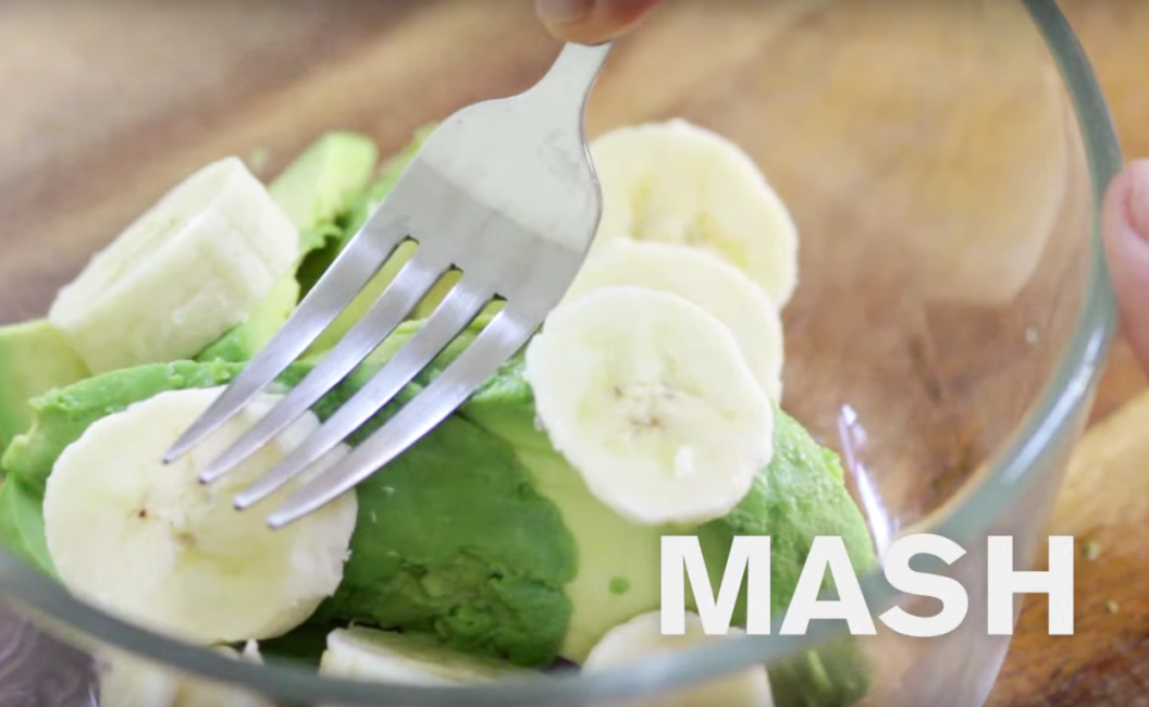 Baby Food | Creamy Avocado and Banana Purée